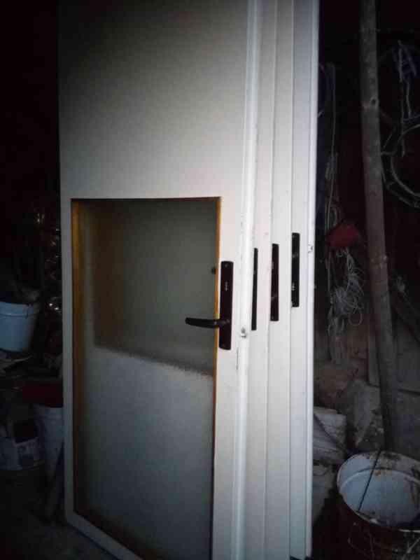 Prodám použité dveře