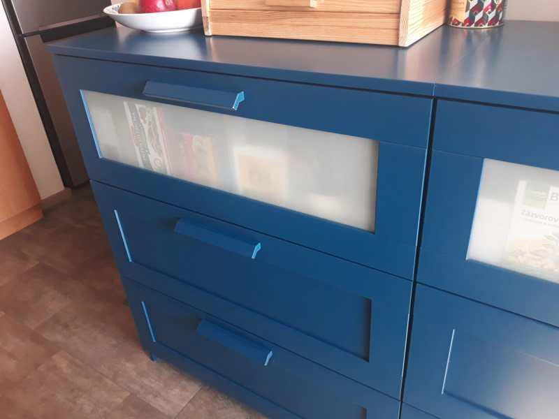Komoda Ikea Brimnes 78x95 cm modrá