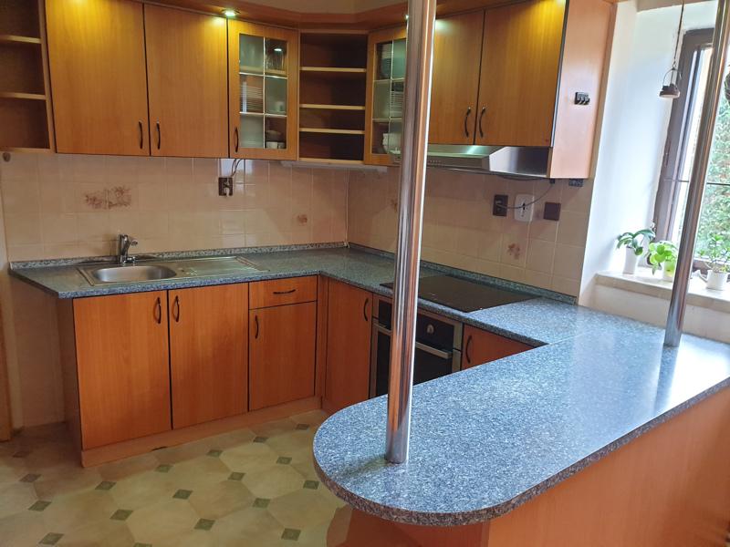 Kuchyňská linka + jídelní set - foto 2