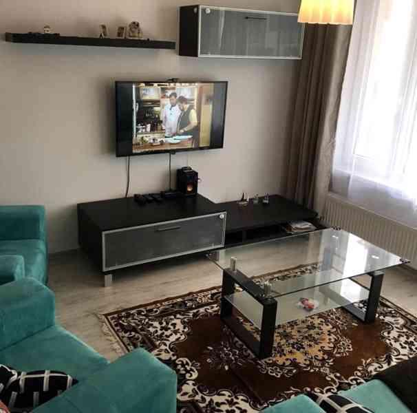 Stěna obývacího pokoje