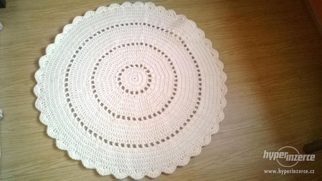 Nové háčkované koberečky - foto 2