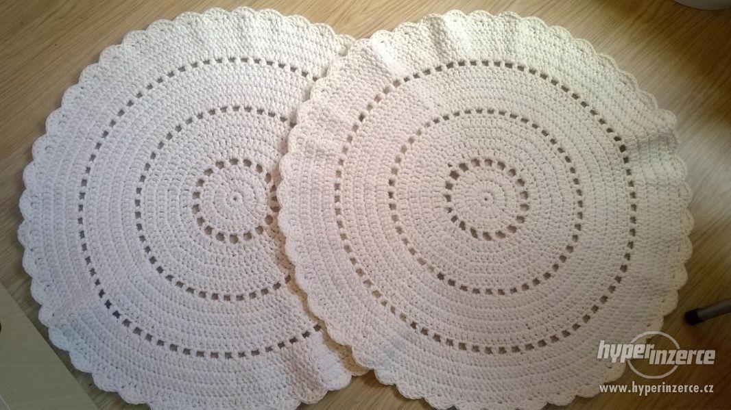 Nové háčkované koberečky - foto 5