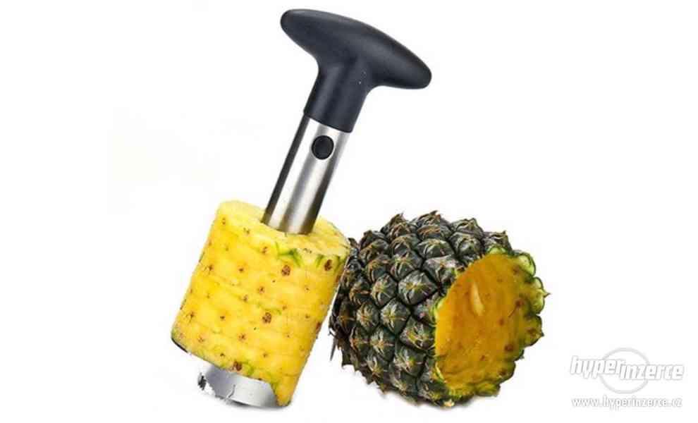 Vykrajovač na ananas