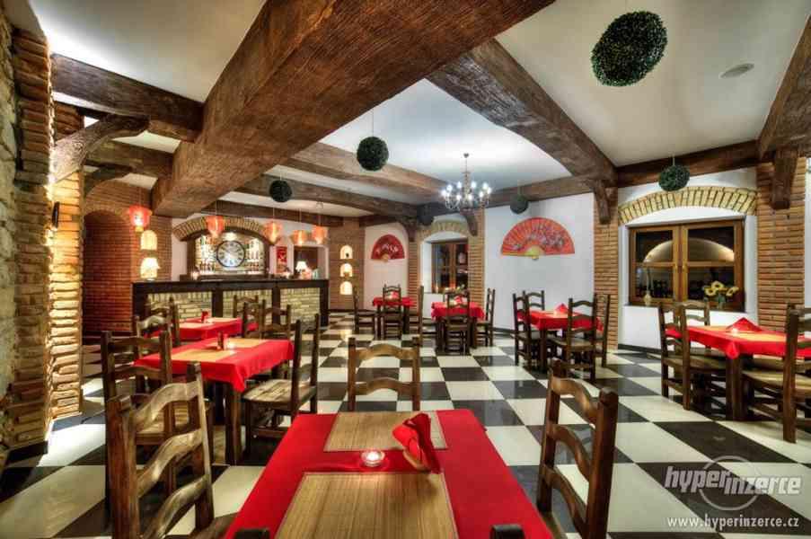 Nove Stylove drevene zidle do restaurace -voskovane ne - foto 11